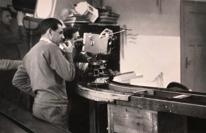 stummfilm-dreharbeiten-babelsberg-1934-kunsthaus-kirschbluethe.de-femalegazesite.wordpress.com