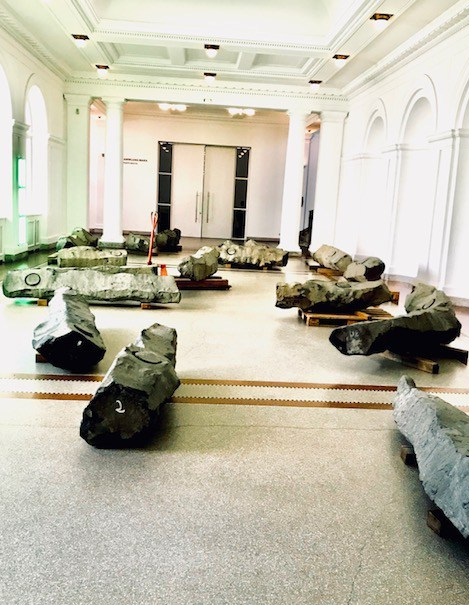beuys-3-hamburger-bahnhof-femalegazesite.wordpress.com