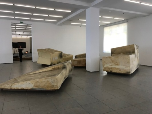 beuys-fett-hamburger-bahnhof-femalegazesite.wordpress.com