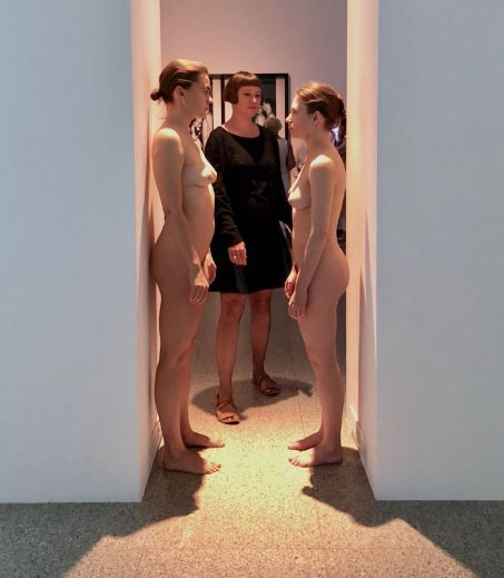 marina-abramovic-performance-nudes-femalegazesite-wordpress.com