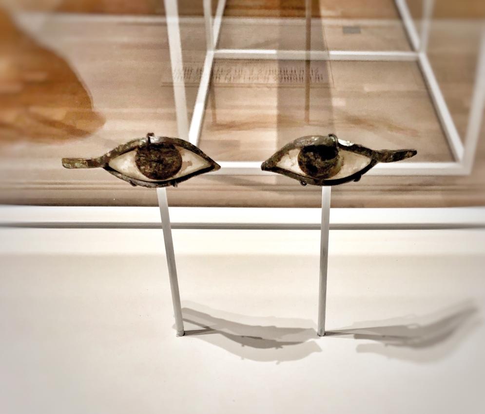 sagmeister-und-walsh-beauty-female-gaze-blog-14